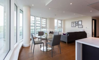 3 bedroom(s) flat to rent in Vista Chelsea Bridge, Nine Elms, SW11-image 4