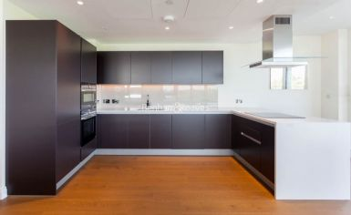 3 bedroom(s) flat to rent in Vista Chelsea Bridge, Nine Elms, SW11-image 5