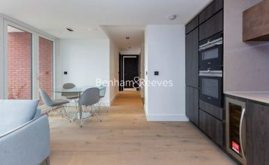 2 bedroom(s) flat to rent in Keybridge, Nine Elms, SW8-image 2