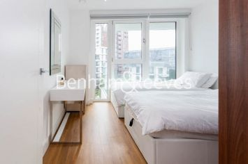 2 bedroom(s) flat to rent in Nine Elms Point, Nine Elms, SW8-image 10