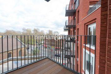 1 bedroom(s) flat to rent in Keybridge, Nine Elms, SW8-image 4