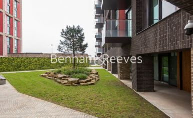 3 bedroom(s) flat to rent in Charles Clowes, Nine Elms, SW11-image 7