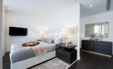 3 bedroom(s) flat to rent in Charles Clowes, Nine Elms, SW11-image 11