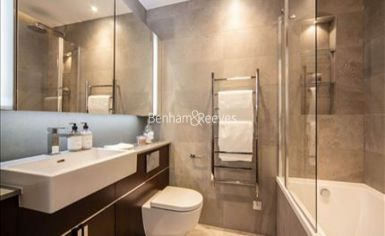 2 bedroom(s) flat to rent in Charles Clowes Walk, Nine Elms, SW11-image 5