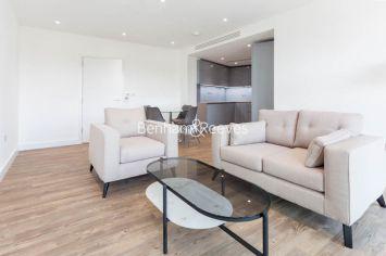 1 bedroom(s) flat to rent in Wandsworth Road, Nine Elms, SW8-image 1