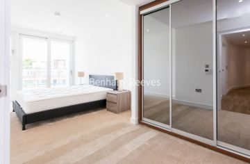 1 bedroom(s) flat to rent in Wandsworth Road, Nine Elms, SW8-image 4