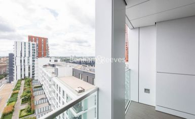 1 bedroom(s) flat to rent in Wandsworth Road, Nine Elms, SW8-image 6