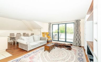 3 bedroom(s) flat to rent in Belsize Grove, Hampstead, NW3-image 1