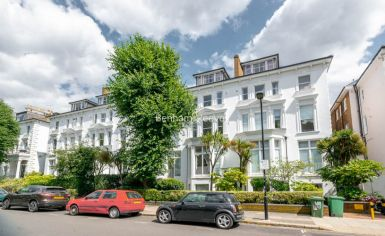 3 bedroom(s) flat to rent in Belsize Grove, Hampstead, NW3-image 13