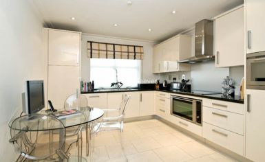 3 bedroom(s) flat to rent in Hampstead Way, Golders Green, NW11-image 3