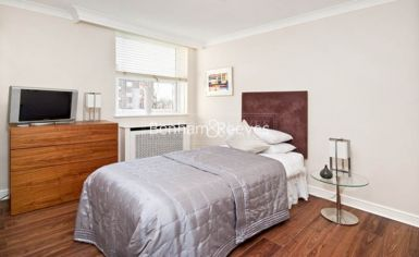3 bedroom(s) flat to rent in Boydell Court, St John's Wood, NW8-image 8