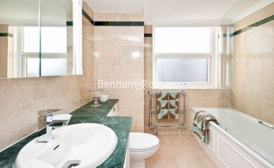 3 bedroom(s) flat to rent in Boydell Court, St John's Wood, NW8-image 9