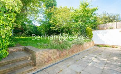 3 bedroom(s) flat to rent in Parkhill Road, Belsize Park, NW3-image 5