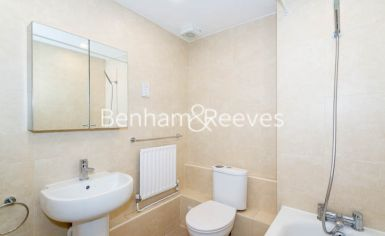 3 bedroom(s) flat to rent in Parkhill Road, Belsize Park, NW3-image 7