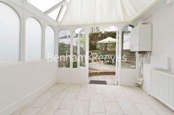 1 bedroom(s) flat to rent in Willow Road, Hampstead, NW3-image 4