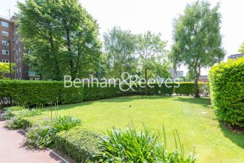 3 bedroom(s) flat to rent in Boydell Court, Hampstead, NW8-image 8
