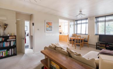 1 bedroom(s) flat to rent in Priory Road, West Hampstead, NW6-image 4