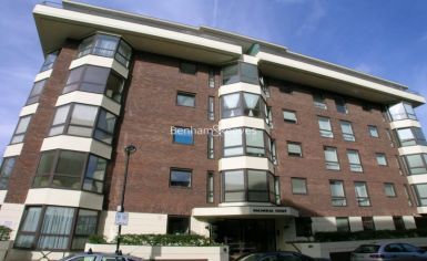 3 bedroom(s) flat to rent in Queens Terrace, St John's Wood, NW8-image 10