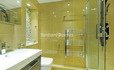 3 bedroom(s) flat to rent in Boydell Court, St. John's Wood Park, NW8-image 5