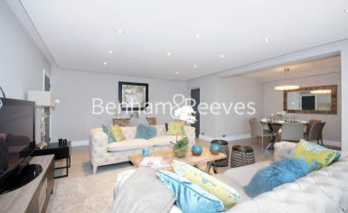 3 bedroom(s) flat to rent in Boydell Court, Hampstead, NW8-image 1