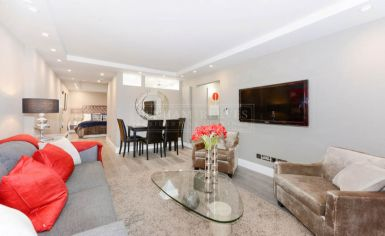 2 bedroom(s) flat to rent in Cresta House, Finchley road, NW3-image 1