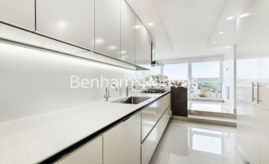 3 bedroom(s) house to rent in Boydell Court, St John's Wood, NW8-image 2