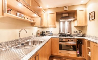 2 bedroom(s) flat to rent in Heath Place, Hampstead, NW3-image 2