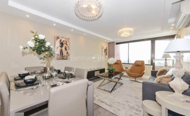 3 bedroom(s) flat to rent in Cresta House, Finchley Road, NW3-image 1