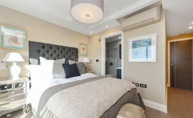 3 bedroom(s) flat to rent in Cresta House, Finchley Road, NW3-image 4