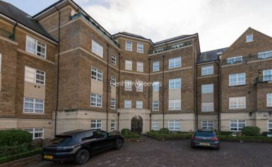 3 bedroom(s) flat to rent in Mountview Close, Hampstead, NW11-image 14