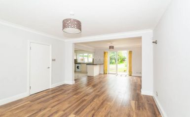 3 bedroom(s) house to rent in Greenfield Gardens, Cricklewood, NW2-image 1