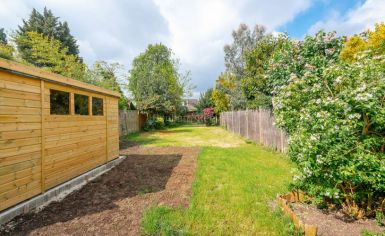 3 bedroom(s) house to rent in Greenfield Gardens, Cricklewood, NW2-image 3