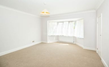 3 bedroom(s) house to rent in Greenfield Gardens, Cricklewood, NW2-image 5