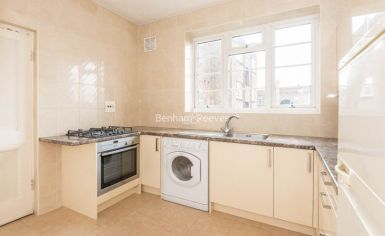 2 bedroom(s) flat to rent in Golders Green Road, Hampstead, NW11-image 2