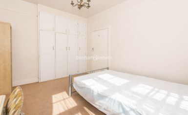 2 bedroom(s) flat to rent in Golders Green Road, Hampstead, NW11-image 3