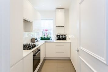 3 bedroom(s) flat to rent in Goldhurst Terrace, South Hampstead, NW6-image 2