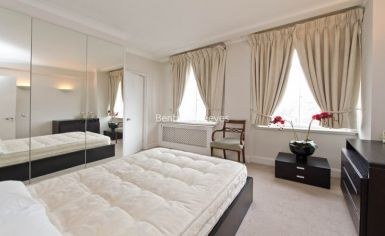 1 bedroom(s) flat to rent in St Georges Court, Brompton Road, SW3-image 3