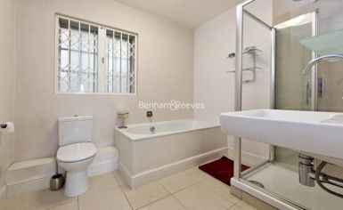 1 bedroom(s) flat to rent in St Georges Court, Brompton Road, SW3-image 4