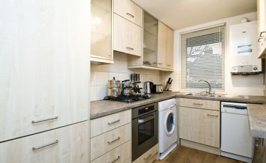 1 bedroom(s) flat to rent in Stevenage Road, Fulham, SW6-image 2
