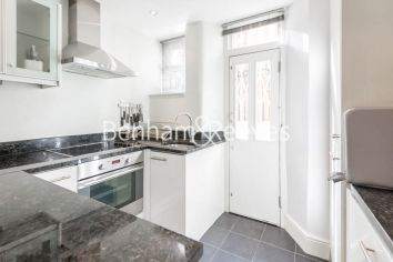 2 bedroom(s) flat to rent in The Marlborough, Walton Street, SW3-image 2