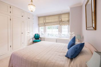 2 bedroom(s) flat to rent in The Marlborough, Walton Street, SW3-image 3
