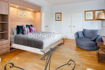 Studio flat to rent in Nell Gwynn House, Sloane Avenue, SW3-image 2