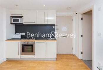 1 bedroom(s) flat to rent in Nell Gwynn House, Sloane Avenue, SW3-image 2