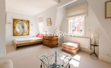 Studio flat to rent in Draycott Place, Knightsbridge, SW3-image 6