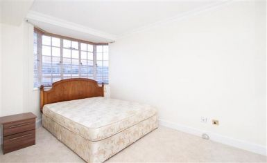 2 bedroom(s) flat to rent in Chelsea Cloisters, Sloane Avenue, SW3-image 4