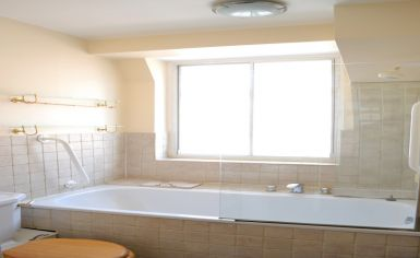 2 bedroom(s) flat to rent in Cramner Court, Whiteheads Grove, Chelsea, SW3-image 4