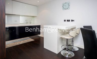 1 bedroom(s) flat to rent in Caro Point, Grosvenor Waterside, Victoria SW1-image 2