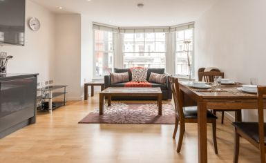 1 bedroom(s) flat to rent in Colony Mansions,Earls Court,SW5-image 1