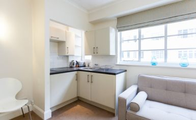 Studio flat to rent in Sloane Avenue Mansions, Chelsea, SW3-image 4