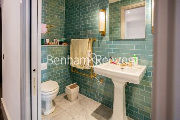 Studio flat to rent in Victoria Street, Westminster, SW1H-image 8